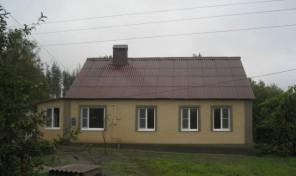 дом 100 м² (кирпич) на участке 10 сот., в черте города